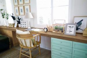 Domowe biuro - jak najlepiej wkomponować blat laminowany?
