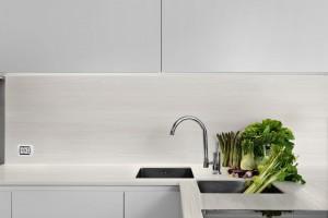 Ścianki przyblatowe - sposób na praktyczną i modną kuchnię