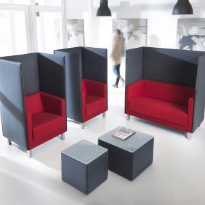 Fotele z podwyższonymi ściankami firmy Profim. Fot. Profim