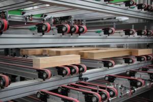 Zautomatyzowany magazyn jest wsparciem dla producentów mebli