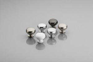 Klasyczne gałki meblowe - prosty sposób na zmianę wyglądu mebla