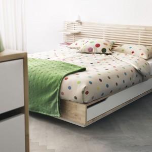 Łóżko z szufladą Mandal to nawiązanie do natury. Fot. IKEA