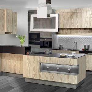 Najnowsze trendy w meblach kuchennych wskazują, że liczą się przede wszystkim funkcjonalność i jakość wykonania. Fot. Stolzen