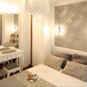 Toaletka w stylu romantycznym. Projekt Małgorzata Mazur. Fot. Bartosz Jarosz