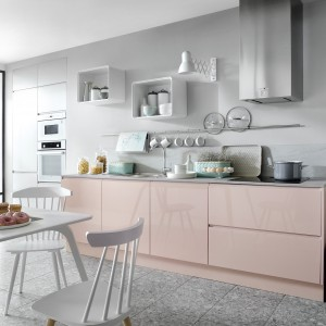 Kuchnia z kolekcji Senso Kitchens. Fot. BRW
