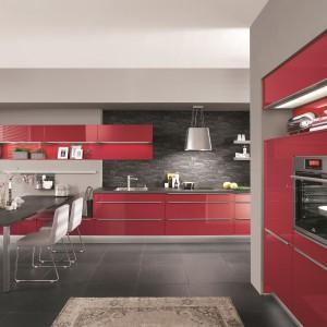 Kuchnia w czerwieni. Fot. Nobilia
