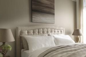 Sypialnia w odcieniach beżu
