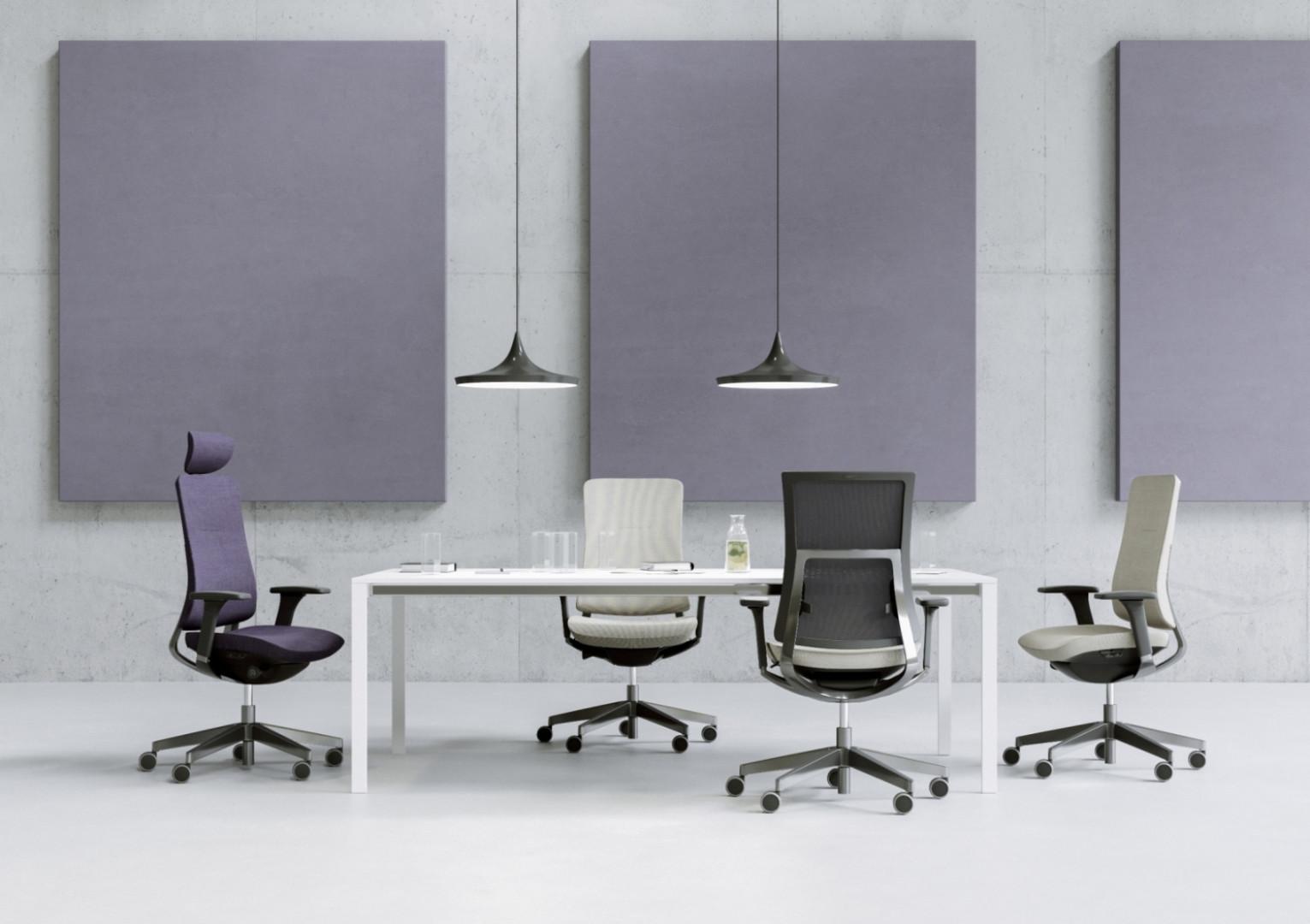 Podczas targów Orgatec Profim pokaże między innymi fotele z serii Violle. Fot. Profim