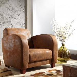 Fotel firmy Delife został zainspirowany trendem Wabi-sabi. Fot. Delife