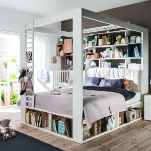 Na książki można wykorzystać np. przestrzeń pod łóżkiem. Fot. Vox