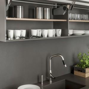 Blat kuchenny i ścianka przyblatowa w kuchni