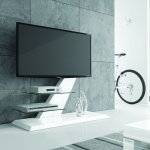 Szafka Vento ze szklanymi półkami. Fot. Hubertus Design