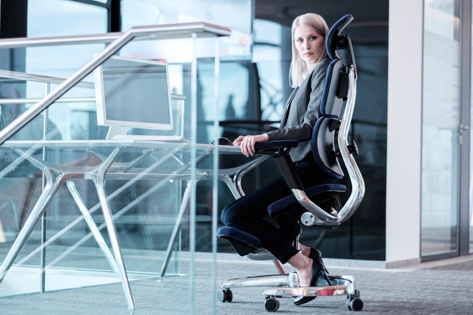 Innowacyjny fotel biurowy. Fot. Blue Bird