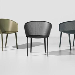 Krzesło firmy Kettal. Projekt: Ronan i Erwan Bouroullec. Fot. Kettal