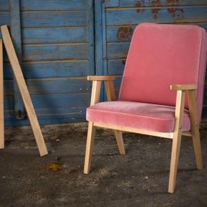Fotel Lazy (Rosanero) to nowoczesna odsłona tradycyjnego w formie fotela. Fot. Anders Meble