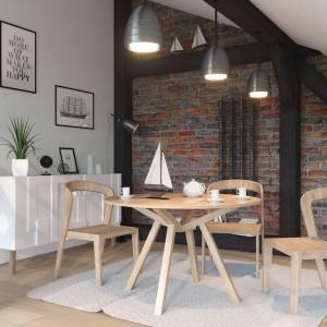Stół Fortel marki Rosanero został wykonany z litego drewna dębowego. Fot. Anders Meble