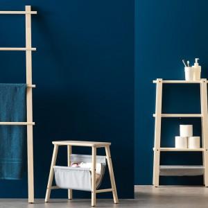 Seria wieszaków i miniregałów. Fot. IKEA