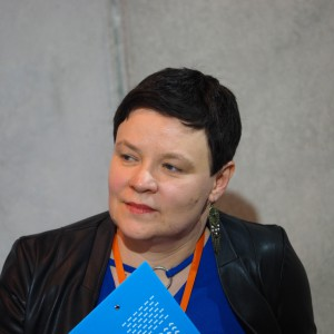 Justyna Łotowska, moderator dyskusji