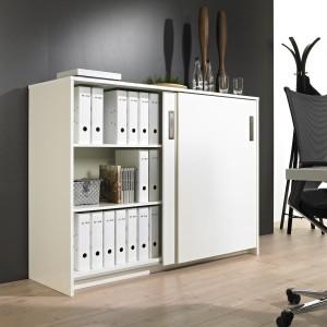 Systemy do drzwi przesuwnych spełniają wymagania nowoczesnego biura, w przemyślany sposób wykorzystując każdy skrawek dostępnej przestrzeni. Fot. Hettich