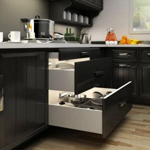 Oświetlenie szuflady kuchennej. Fot. Activejet