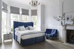 Sypialnia w stylu glamour - powiew luksusu we wnętrzu