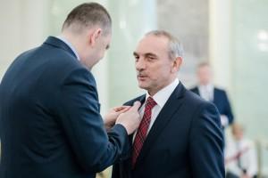 Jan Szynaka odznaczony za wybitne zasługi dla polskiej gospodarki