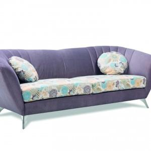 """Sofa """"Vittorio"""" (Stagra) nie ma funkcji spania, za to jest komfortowym meblem do siedzenia. Fot. Stagra"""