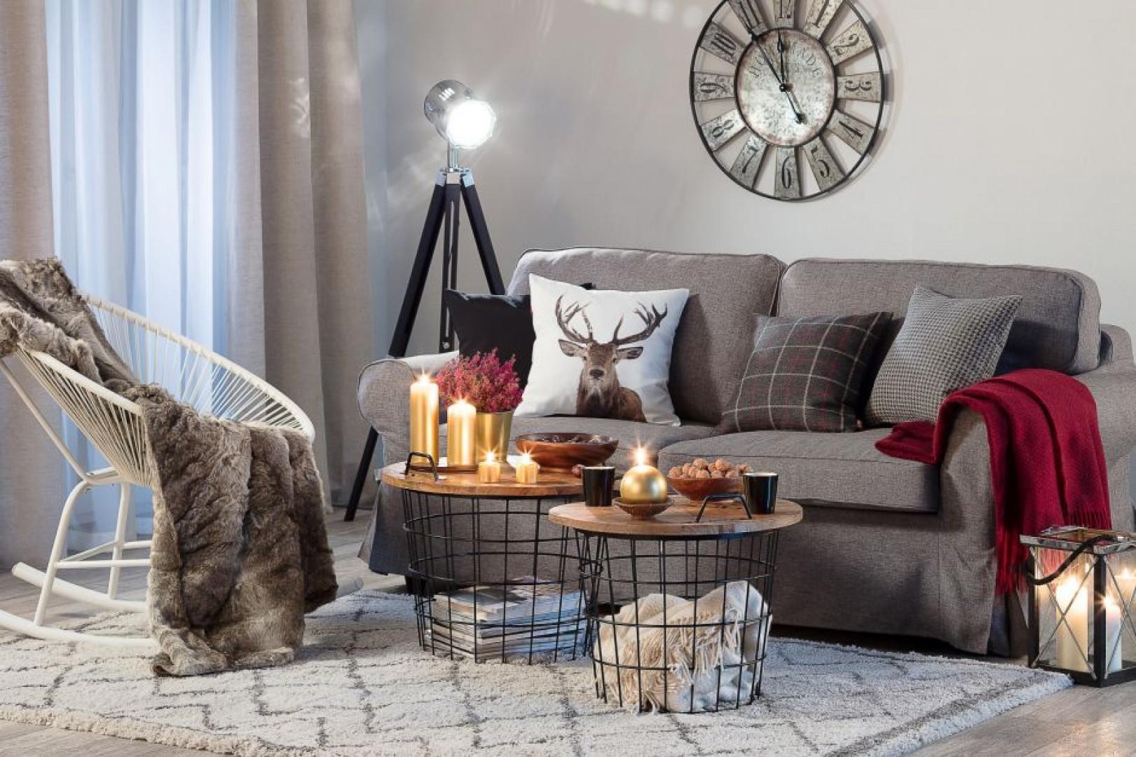 Jesienne wnętrze to nie tylko odpowiednio dobrane meble, ale też dodatki. Fot. Dekoria.pl