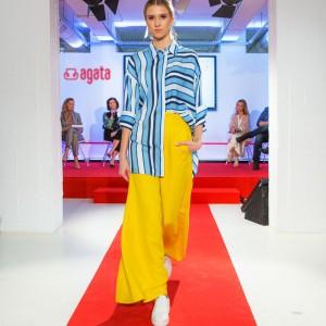 Pokaz mody odbywający się podczas konferencji