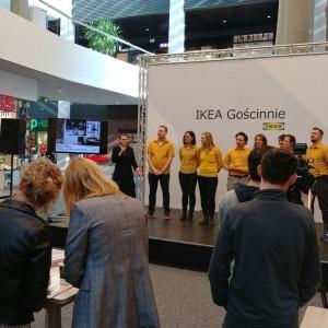 IKEA Gościnnie to czasowy punkt spotkań i inspiracji dla klientów, dzięki któremu IKEA dociera do mieszkańców miast, w których nie ma swoich stacjonarnych sklepów. Fot. IKEA