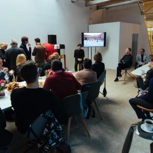 Wystawa rozpoczęła się 15 marca br. od spotkania z projektantem w Domotece. Fot. Domoteka