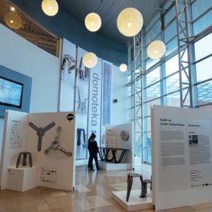 Wystawa w Domotece to pierwsza w Warszawie możliwość obejrzenia w jednym miejscu niemal wszystkich projektów Oskara Zięty. Fot. Domoteka