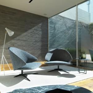 Fotele z serii Koster, o nowoczesnych kształtach. Fot. Desiree