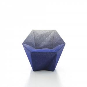 Fotel Gemma - projekt Daniel Libeskind dla Moroso. Fot. Moroso