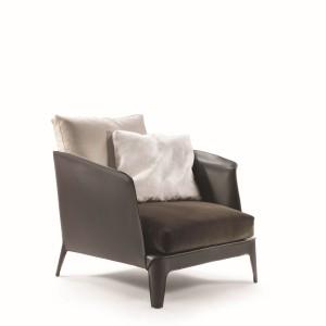 Niewielki fotelik Isabel. Fot. Flexform