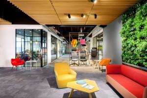 Zobacz jak wygląda jeden z największych polskich showroomów biurowych!