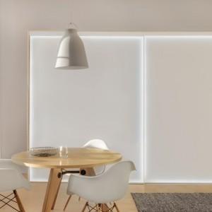 Dużą rolę odgrywa właściwe powiązanie barwy oświetlenia ze stylem wnętrza. Fot. Raumplus