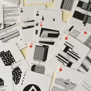 Karty do gry Architektura w Szczecinie, zaprojektowane przez Tomasza Sachanowicza. Fot. Archiwum projektanta