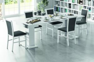 Rozkładany stół w jadalni - nowoczesne technologie i wzornictwo