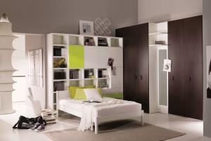 Jak zaaranżować podręczną biblioteczkę w sypialni?