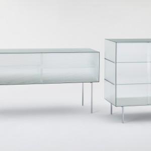 Komodę wykonaną w całości ze szkła zaprojektował Piero Lissoni dla marki Glass Italia. Fot. Glass Italia