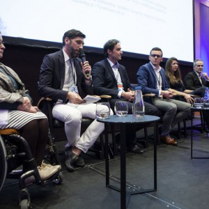 Uczestnicy panelu dyskusyjnego Łazienka 50+ - czy rynek jest gotowy na demograficzną rewolucję? Fot. Marek Misiurewicz