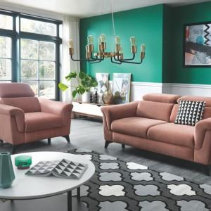 Sofa i fotel z kolekcji Hampton. Fot. Wajnert