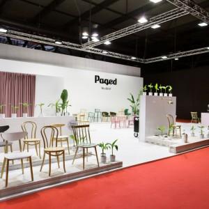 Stoisko firmy Paged na targach Salone del Mobile. Fot. Paged
