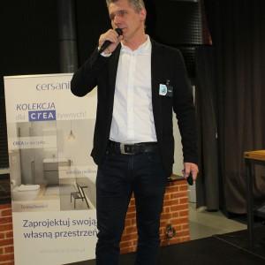 Sebastian Sklepik, reprezentant firmy Jawor-Parkiet