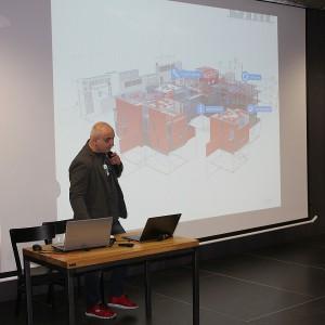 Konrad Zabiełło opowiadał o najnowszych możliwościach programu Archicad. Fot. Publikator