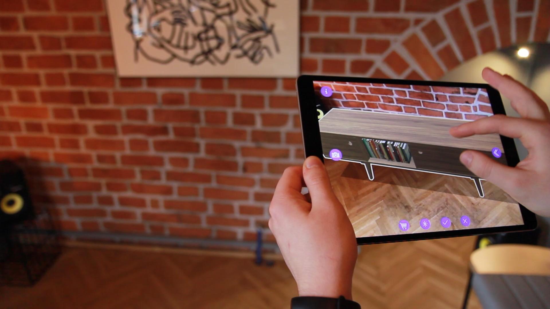 Startup Delivr opracował aplikację meblarską AR Furniture by Delivr. Fot. Delivr