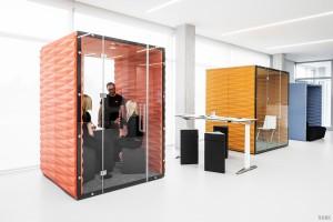 Biurowe ścianki działowe i meble do pracy indywidualnej