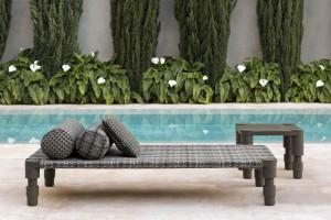 Patricia Urquiola zaprojektowała kolekcję mebli outdoorowych