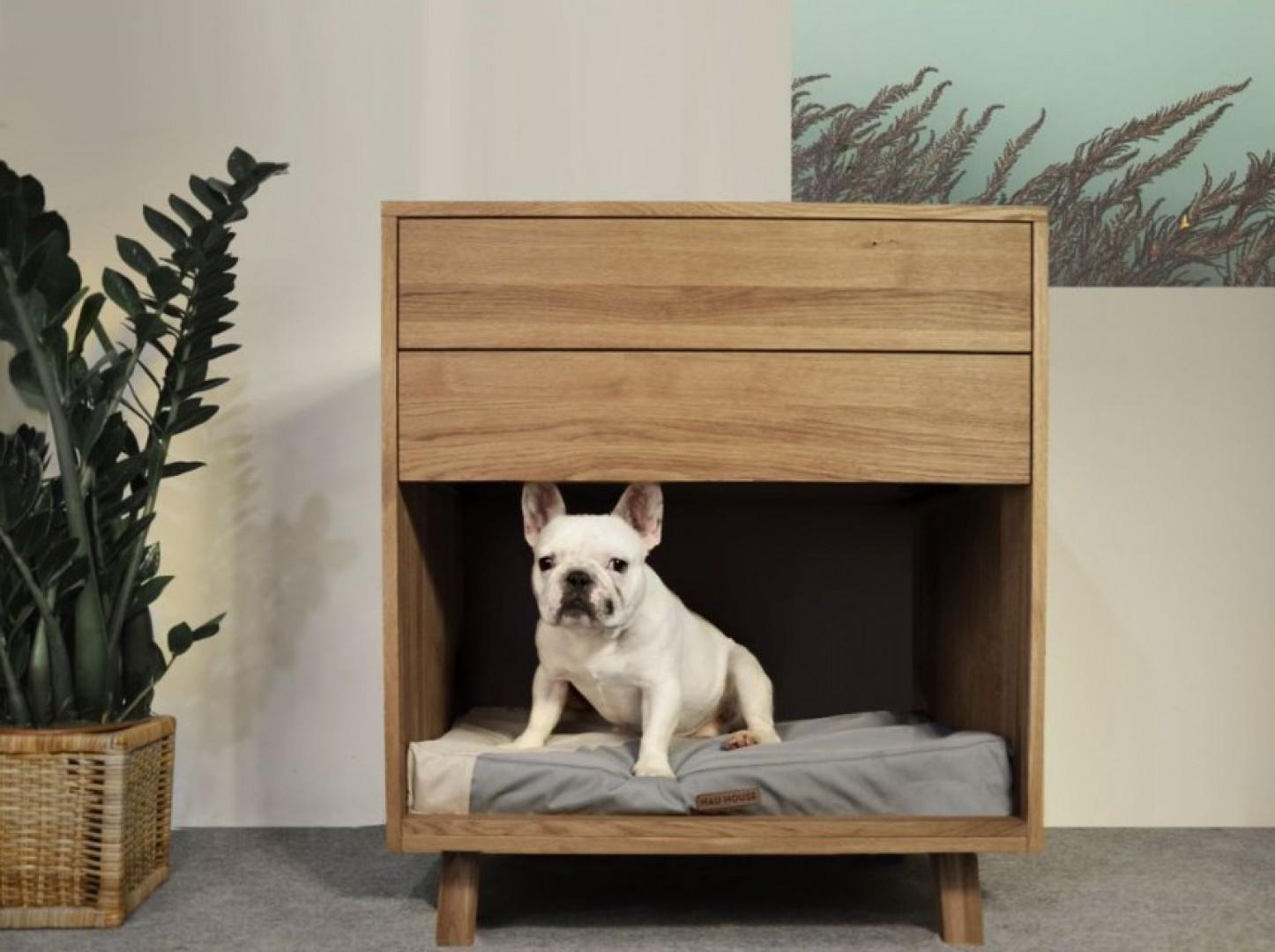 Polska marka Hau House zaprojektowała meble i akcesoria wnętrzarskie, które łączą przestrzeń człowieka i domowego czworonoga. Fot. Hau House
